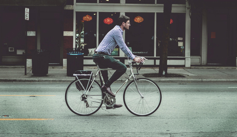 """Vélotaf : """"apprendre"""" à rouler en ville 1"""